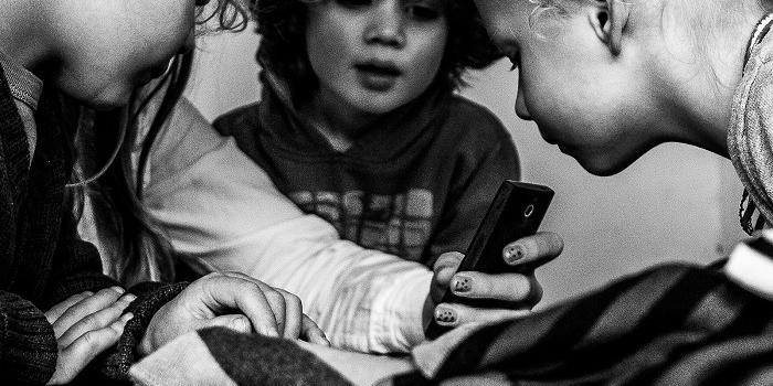 niños smartphone