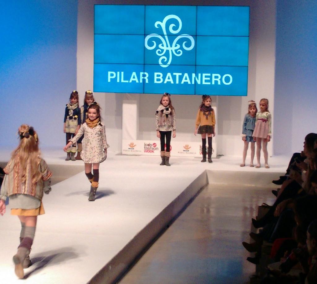 Pilar Batanero  moda infantil otoño invierno 2016
