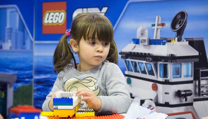 Juvenalia LEGO