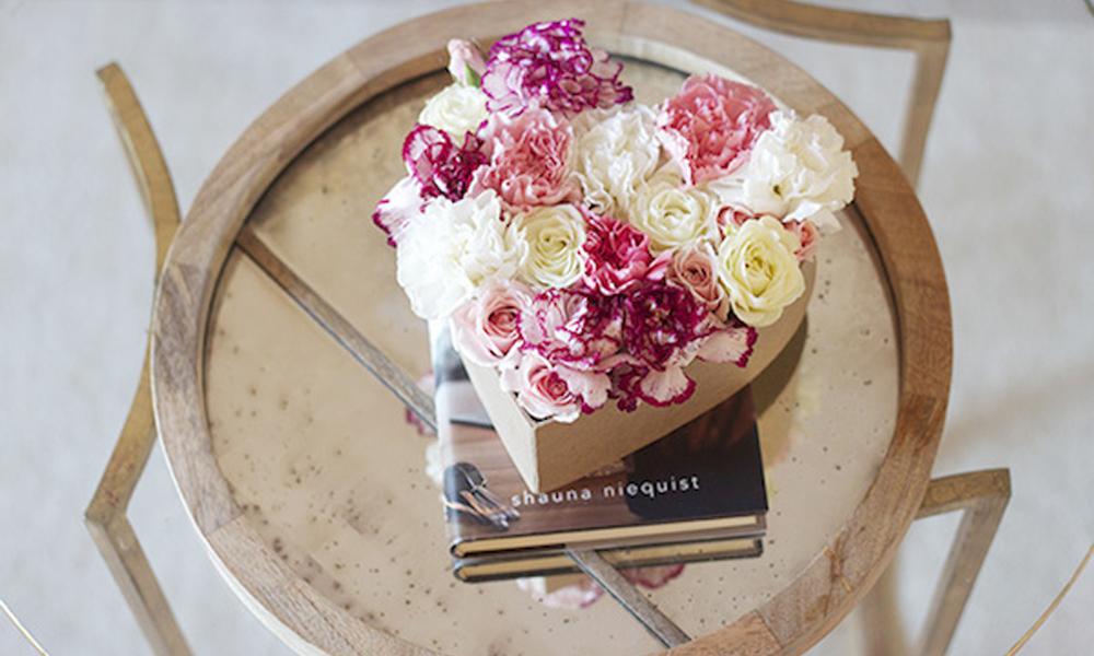 minibouquet de flores en corazón